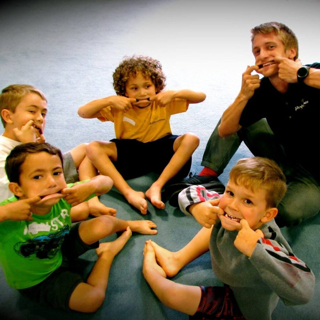 coaching boys gymnastics class